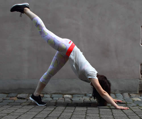 Yoga in Adidas Hawaii Tights